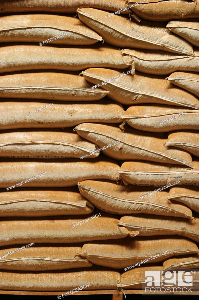 Stock Photo: arrangement, array, arranged.