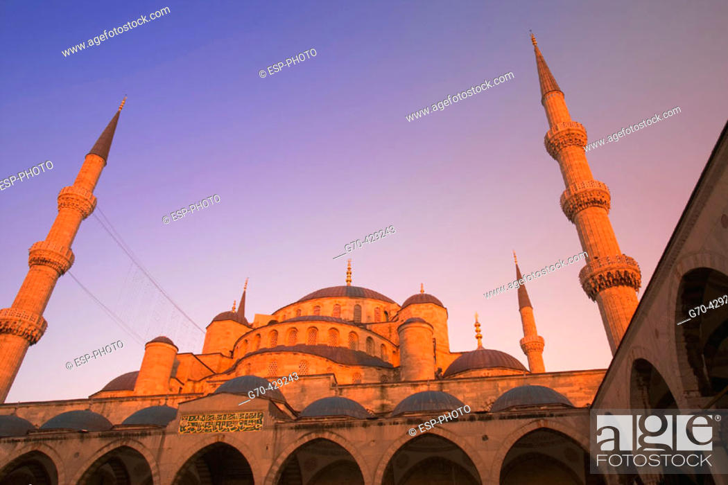 Stock Photo: Blue Mosque at sunset, Istanbul. Turkey.