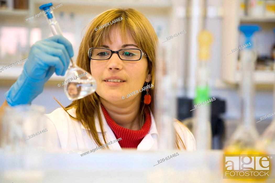 Stock Photo: Chemistry laboratory, Water tests. AZTI-Tecnalia. Technological Centre specialised in Marine and Food Research. Pasaia, Gipuzkoa, Euskadi. Spain.