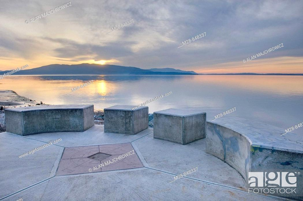 Stock Photo: Looking out over Bellingham Bay from Marine Park in Fairhaven, Bellingham Washington USA.