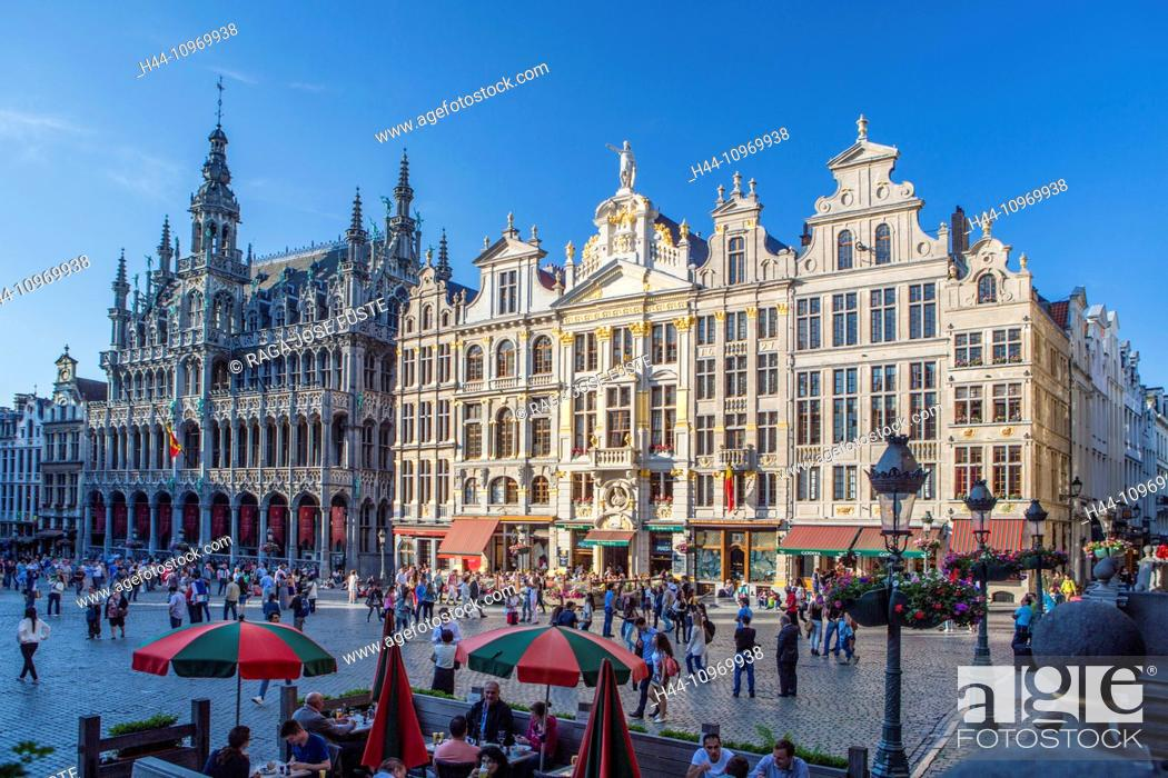Stock Photo: Belgium, Europe, Brussels, Grand Place, world heritage, cafe, architecture, city, famous, history, skyline, square, touristic, travel, unesco,.