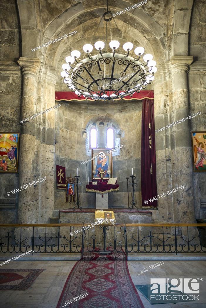 Imagen: Armenia, Switzerland of Armenia area, Haghartsin, Haghartsin Monastery, 10th century, interior.