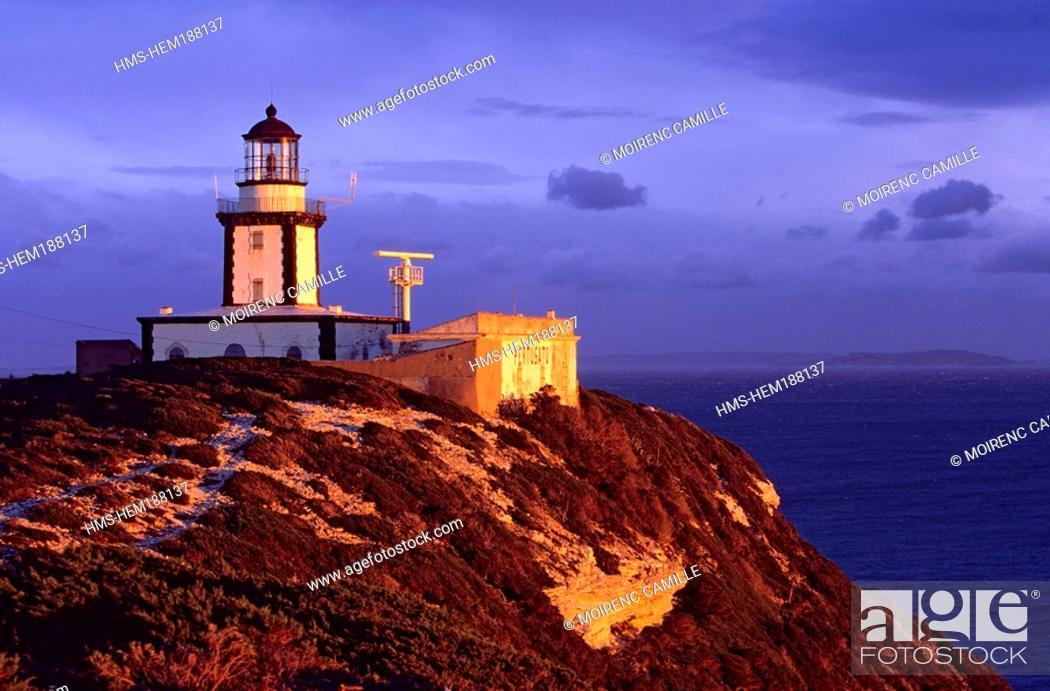 Stock Photo: France, Corse du Sud, Bonifacio, Phare de Pertusato.