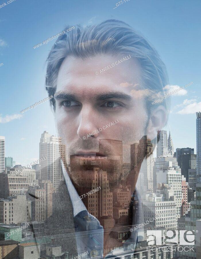 Imagen: Businessman over cityscape. New York, USA.