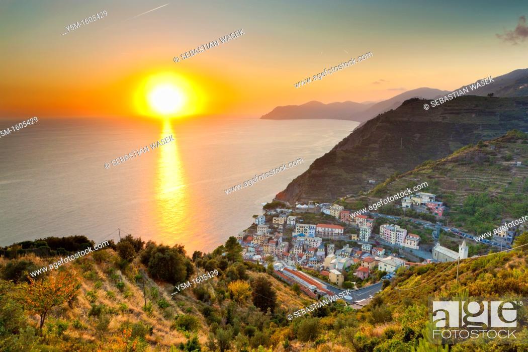 Stock Photo: Sunset over Riomaggiore, Cinque Terre National Park, Province of La Spezia, Liguria, Italy, Europe.