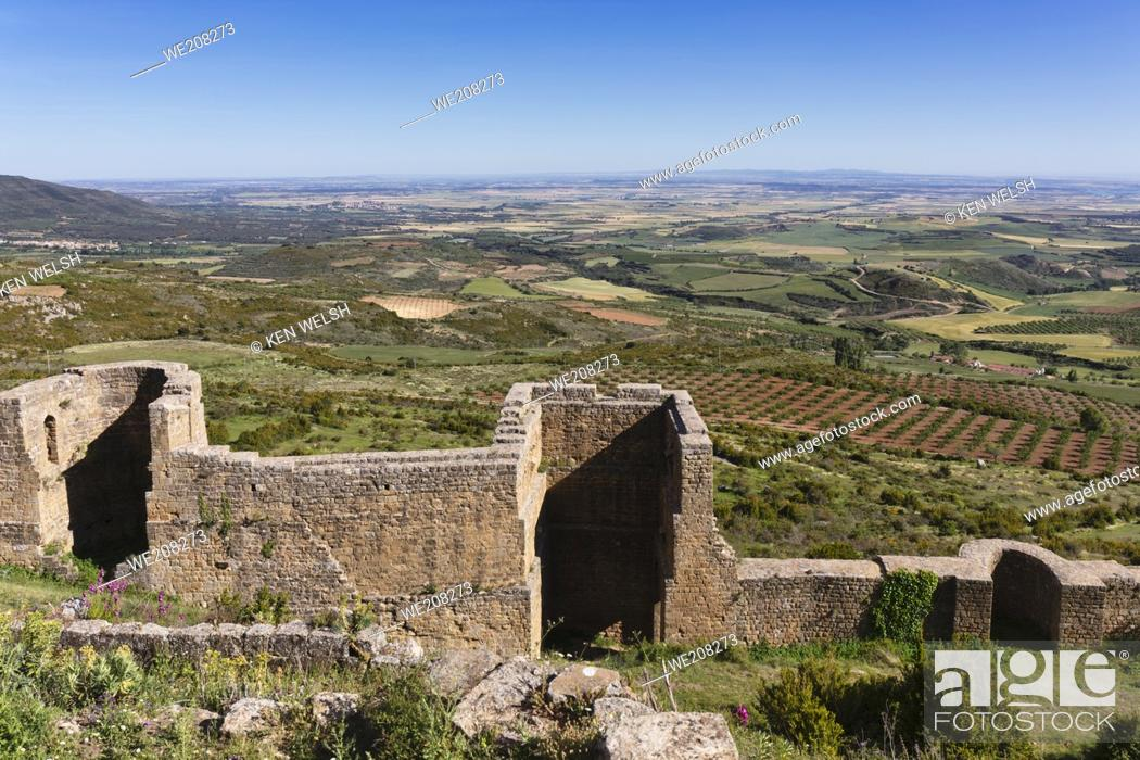 Stock Photo: Part of the curtain wall around Loarre castle, near Loarre, Huesca Province, Aragon, Spain. The Romanesque castle is amongst Spainâ.