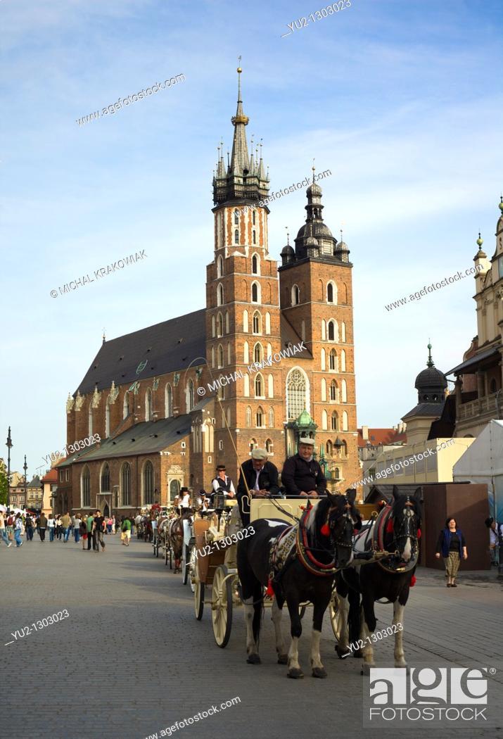 Stock Photo: Krakow landmark - Basilica of Virgin Mary on Main Market Square.