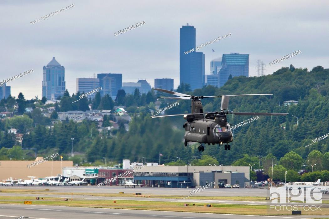 Imagen: Military Helicopter Landing.