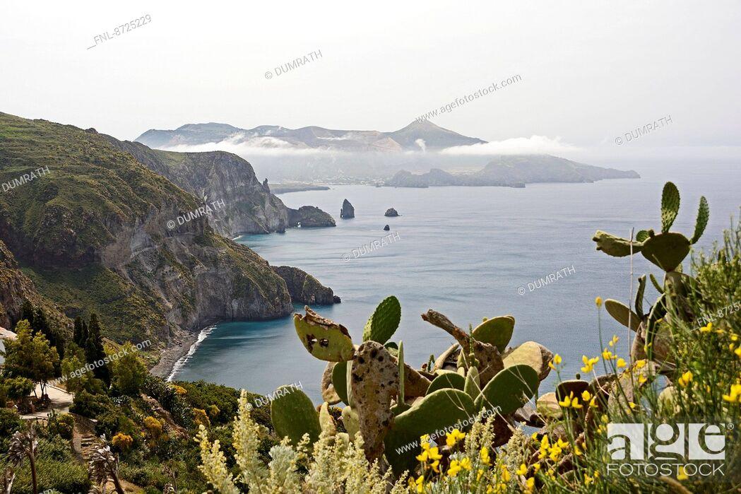 Stock Photo: Coast of Lipari and Vulcano, Lipari Islands, Sicily, Italy, Europe.