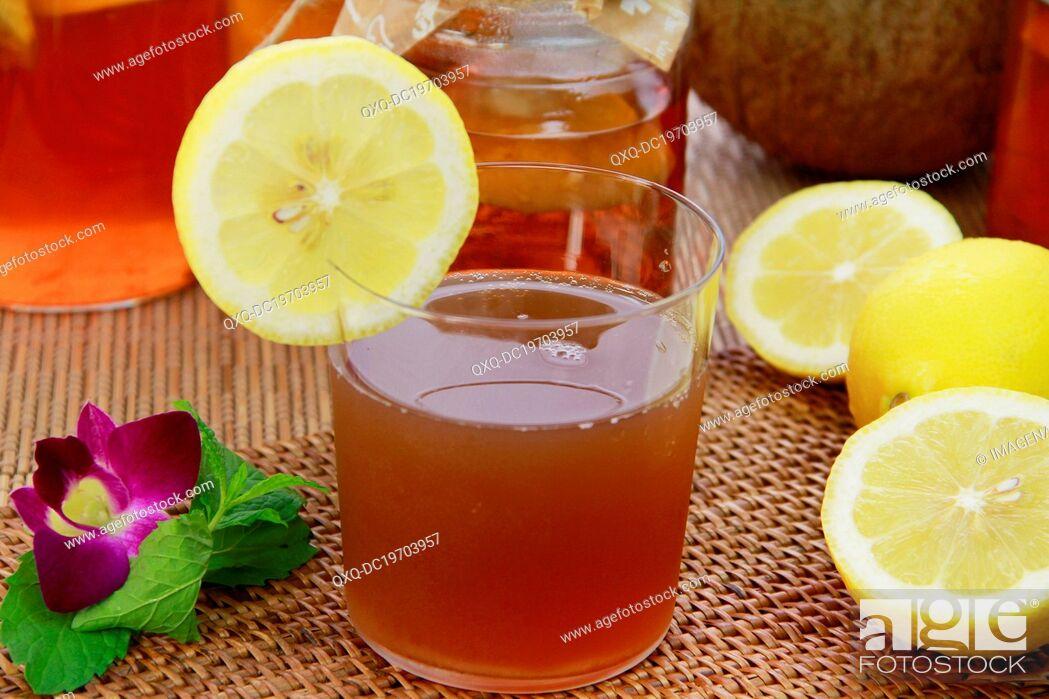 Stock Photo: Kombucha with lemons.