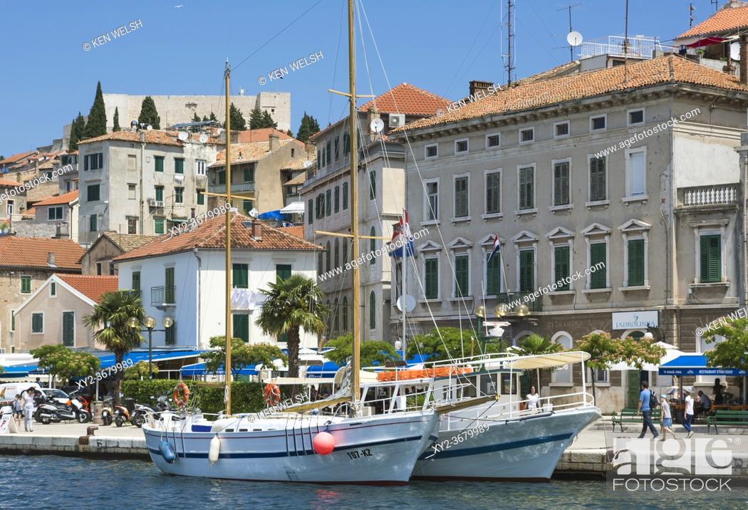 Photo de stock: Sibenik, Sibenik-Knin County, Dalmatia, Croatia. Boats in harbour. Waterfront.