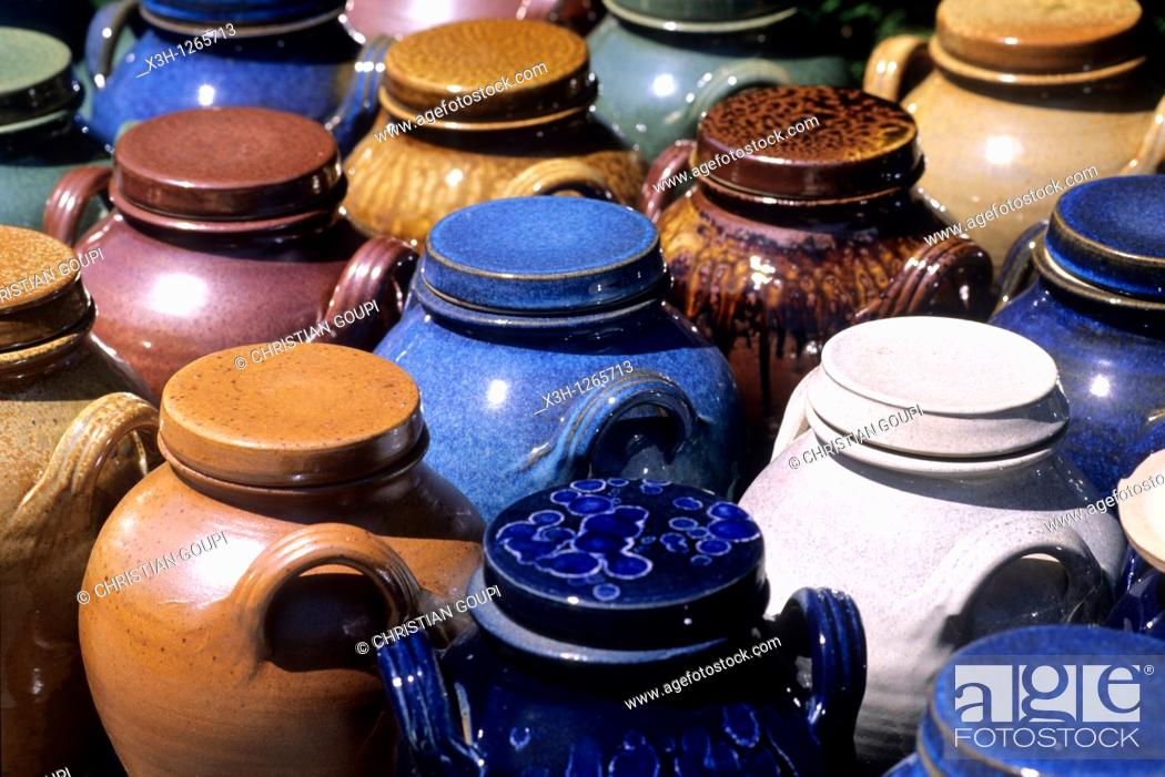 Stock Photo: pottery in Saint-Amand-en-Puisaye, Nievre department, region of Burgundy, center of France, Europe.