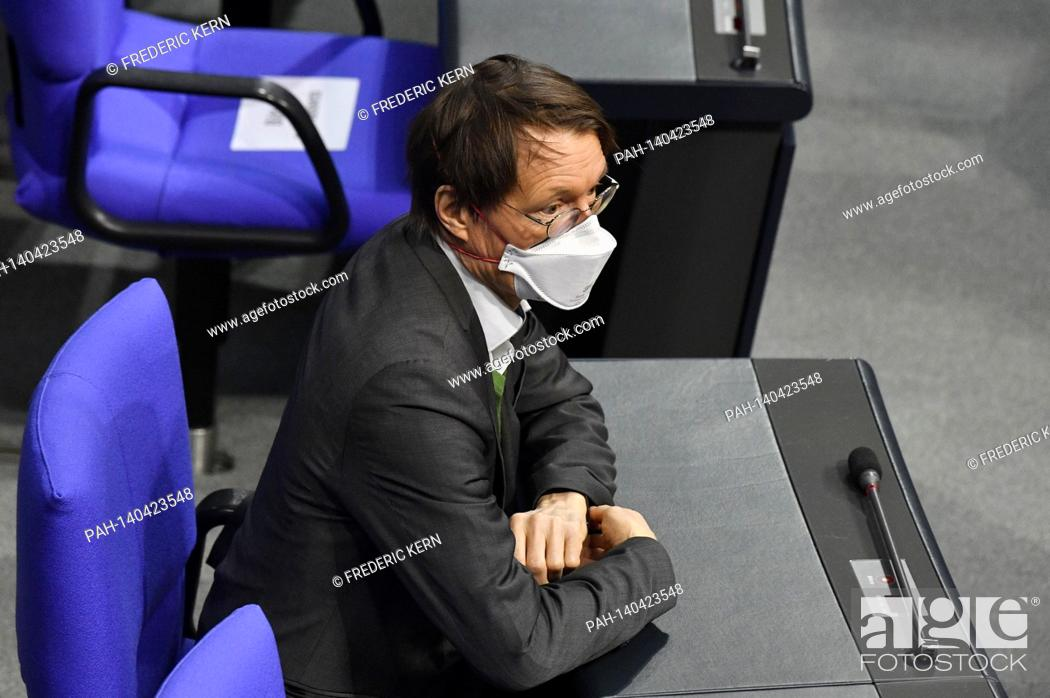 Imagen: Karl Lauterbach at the 215th session of the German Bundestag in the Reichstag building. Berlin, 04.03.2021   usage worldwide.
