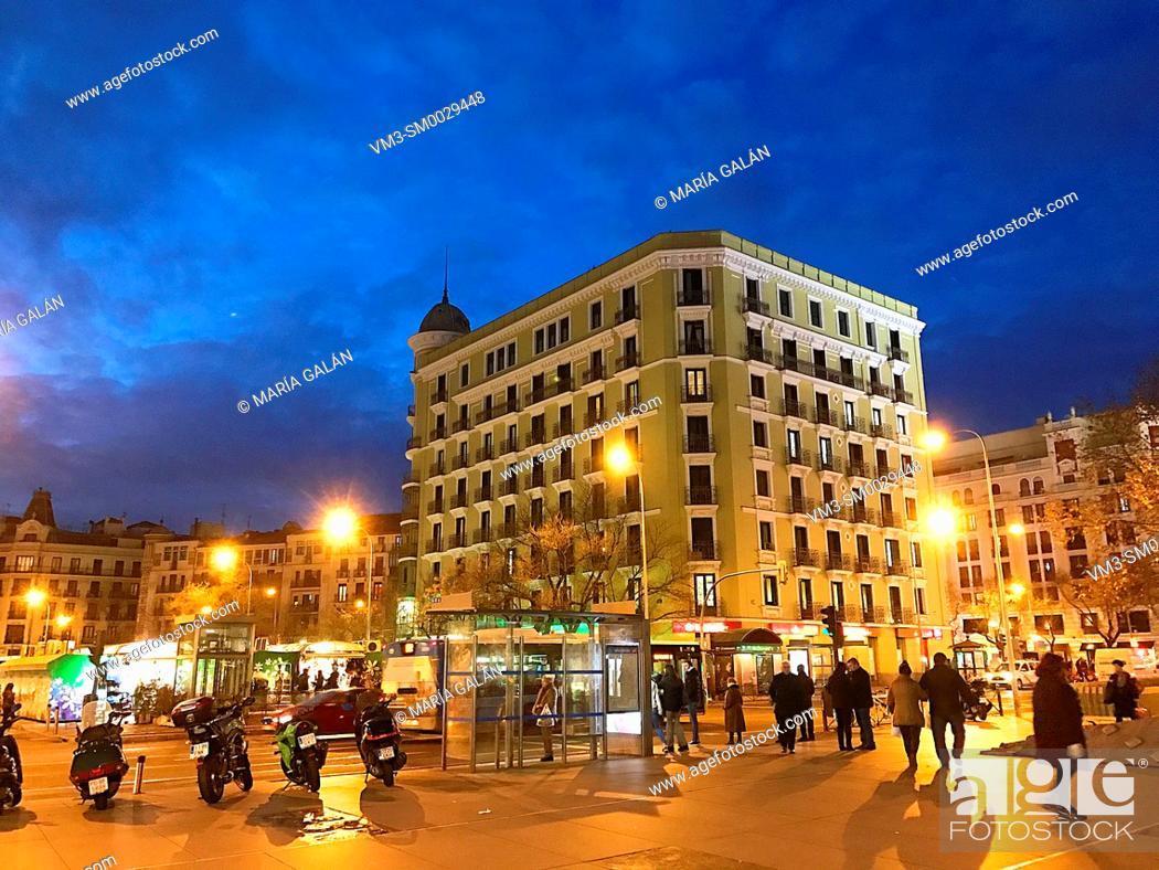 Stock Photo: Felipe II avenue, night view. Madrid, Spain.