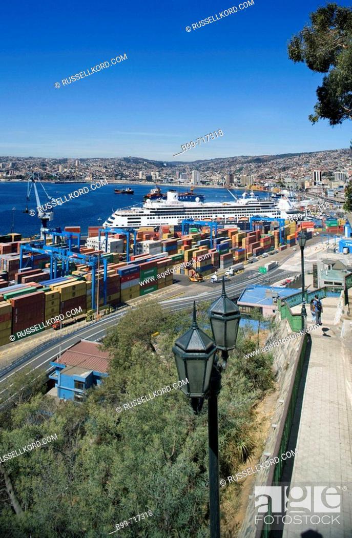 Stock Photo: Barrio Puerto Port, Valparaiso Chile.