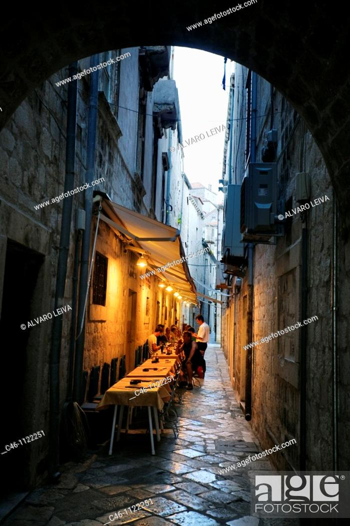 Stock Photo: Street. Old medieval city. Dubrovnik. Dalmatian coast. Croatia.