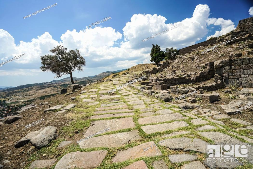 Stock Photo: Pergamon Main Road. Ancient Greece. Asia Minor. Turkey.