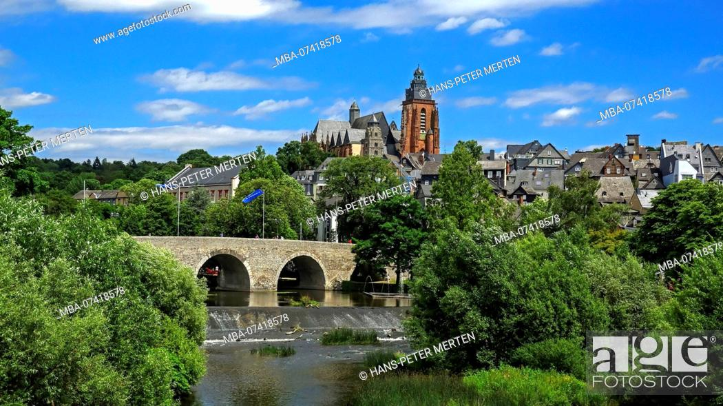 Stock Photo: Old Lahn bridge and city view with cathedral, Wetzlar an der Lahn, Westerwald, Hesse, Germany.