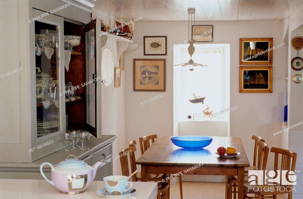 Stock Photo: Dinner room, village, Ile de Re, France.