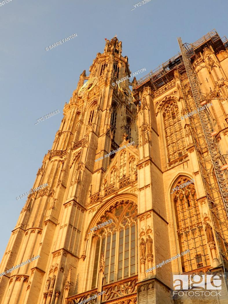 Imagen: Cathedral of Our Lady, Antwerp, Belgium.