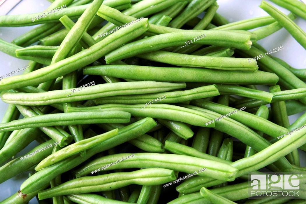 Stock Photo: Bunch fresh green beans.