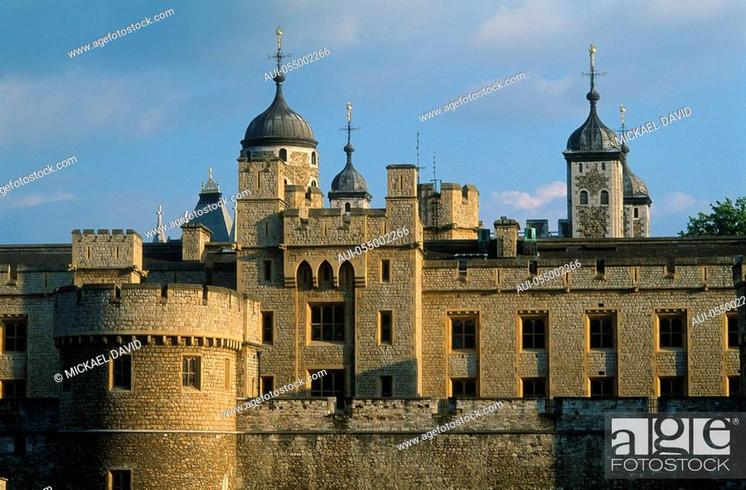 Stock Photo: England - London - The City - Tower of London.