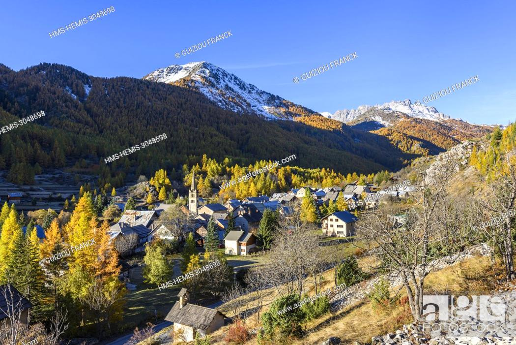Stock Photo: France, Hautes Alpes, Brianconnais in fall, Claree valley, Nevache village.