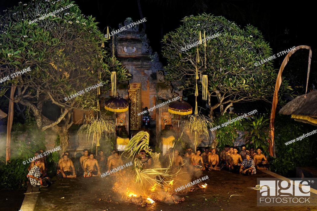 Stock Photo: Indonesia, Bali Island, Batubulan village, Kecak dance with Sahadewa company.
