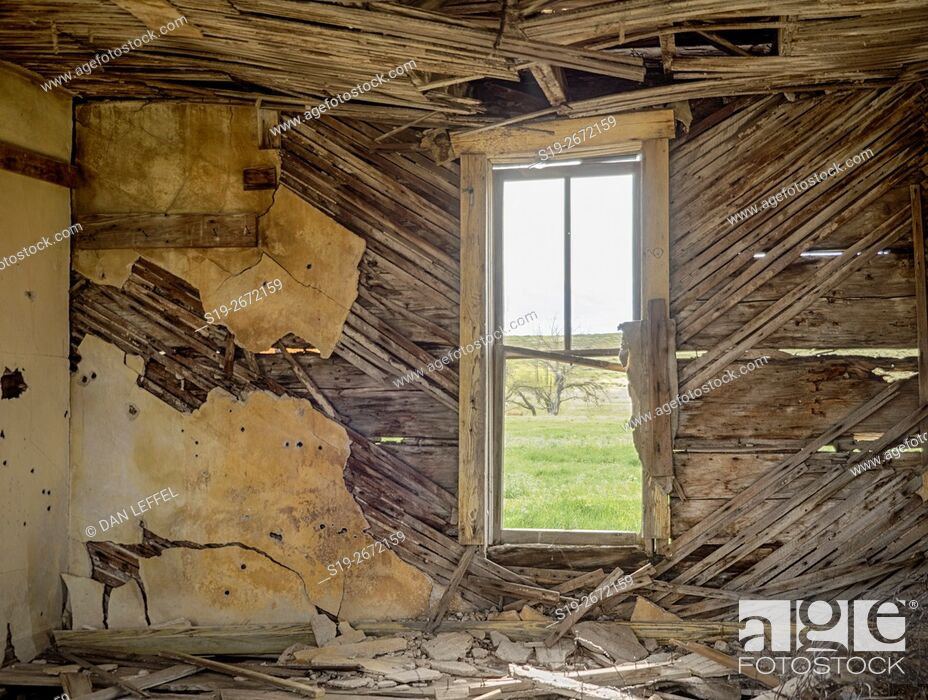 Stock Photo: Abandoned Prairie House.
