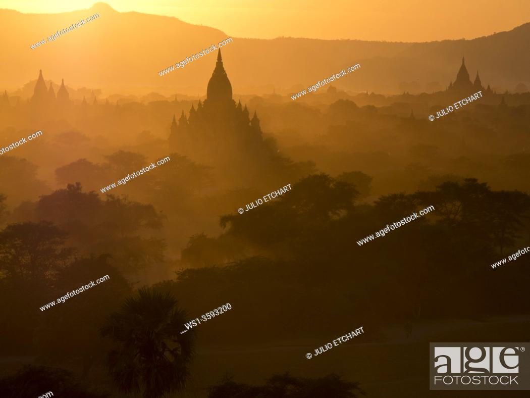 Stock Photo: Sunset in the Buddhist temples of Bagan, Myanmar.
