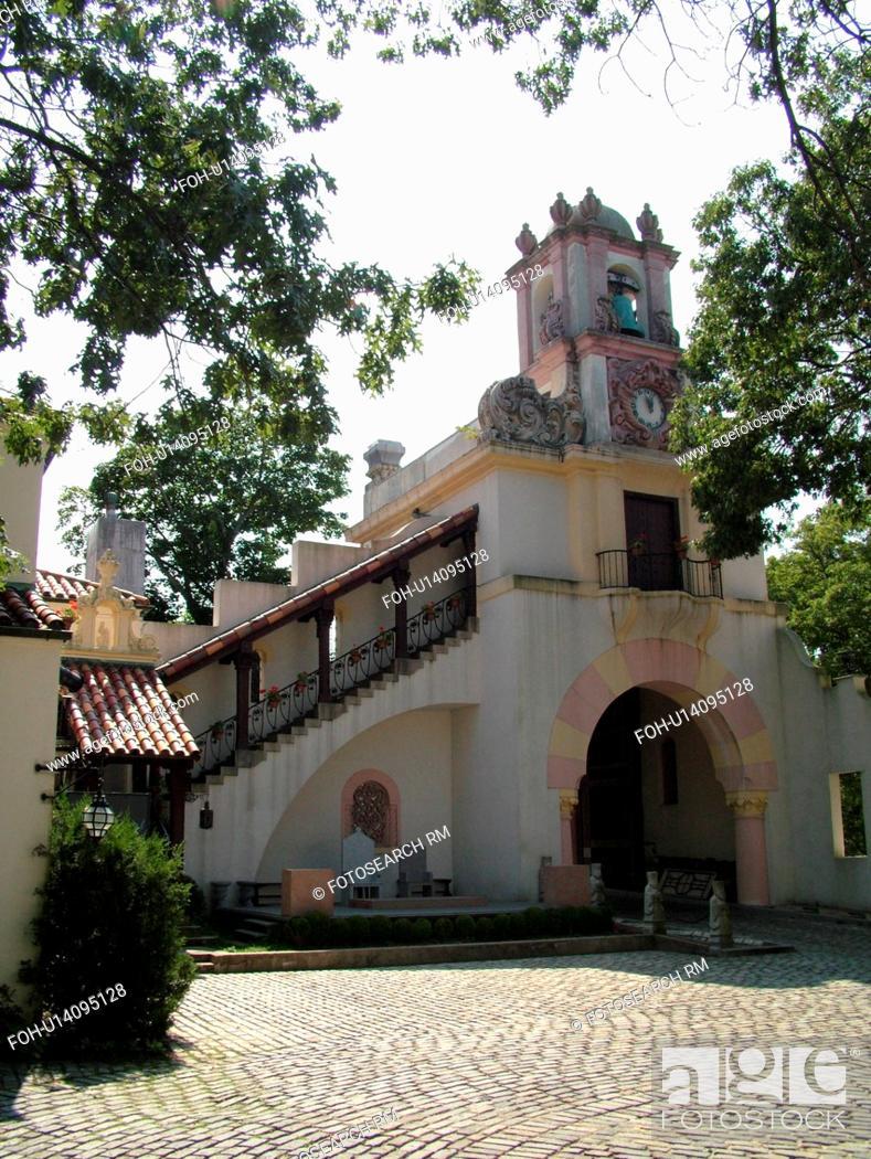 Stock Photo: Centerport, NY, New York, Long Island, Vanderbilt Museum, Spanish style mansion.