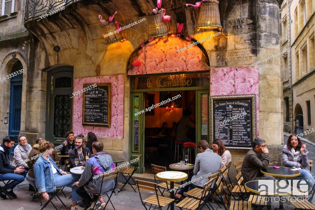 Imagen: Typical and romantic restaurant in the historic center. Bordeaux, Gironde. Aquitaine region. France Europe.