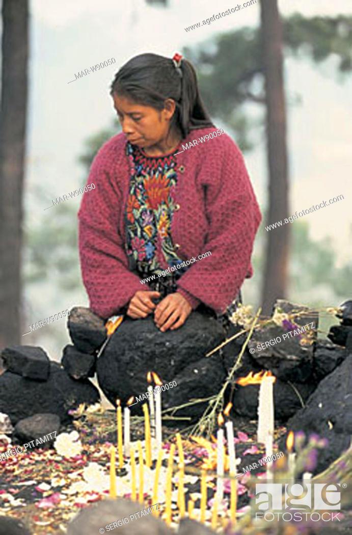 Stock Photo: guatemala, quiché province, chichicastenango, pascal abaj, maya ritual.