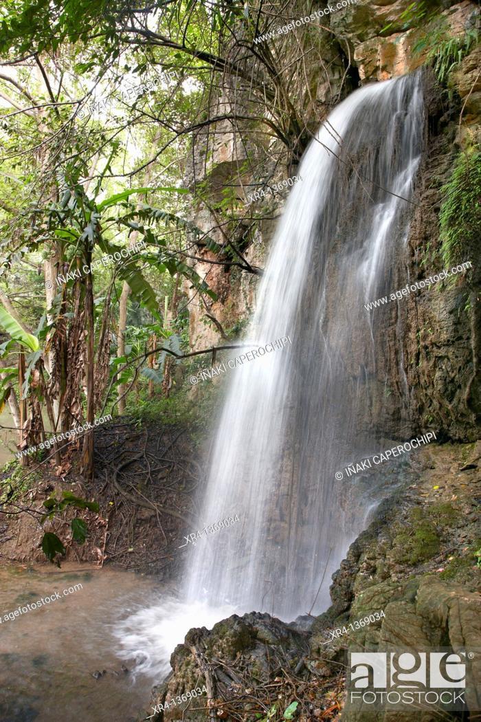Stock Photo: Waterfalls, Around Huangguoshu, Huangguoshu, Guizhou, China.