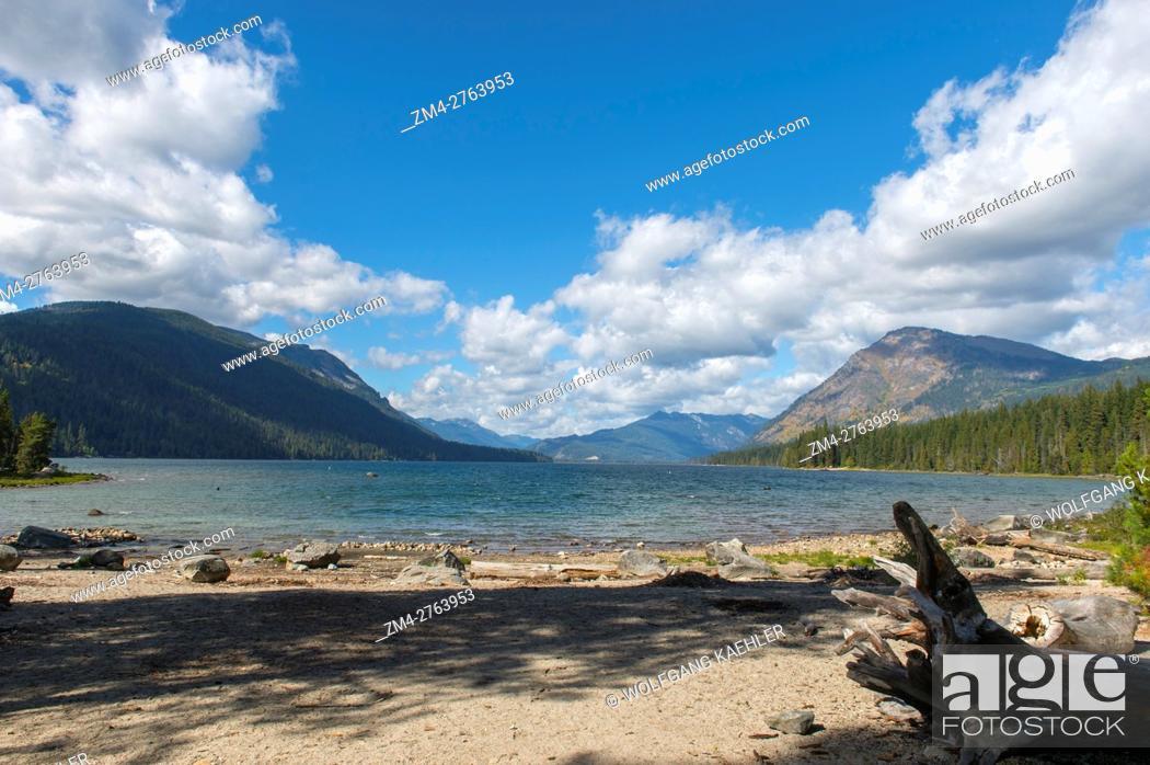 Stock Photo: View of Lake Wenatchee from Lake Wenatchee State Park in eastern Washington State, USA.