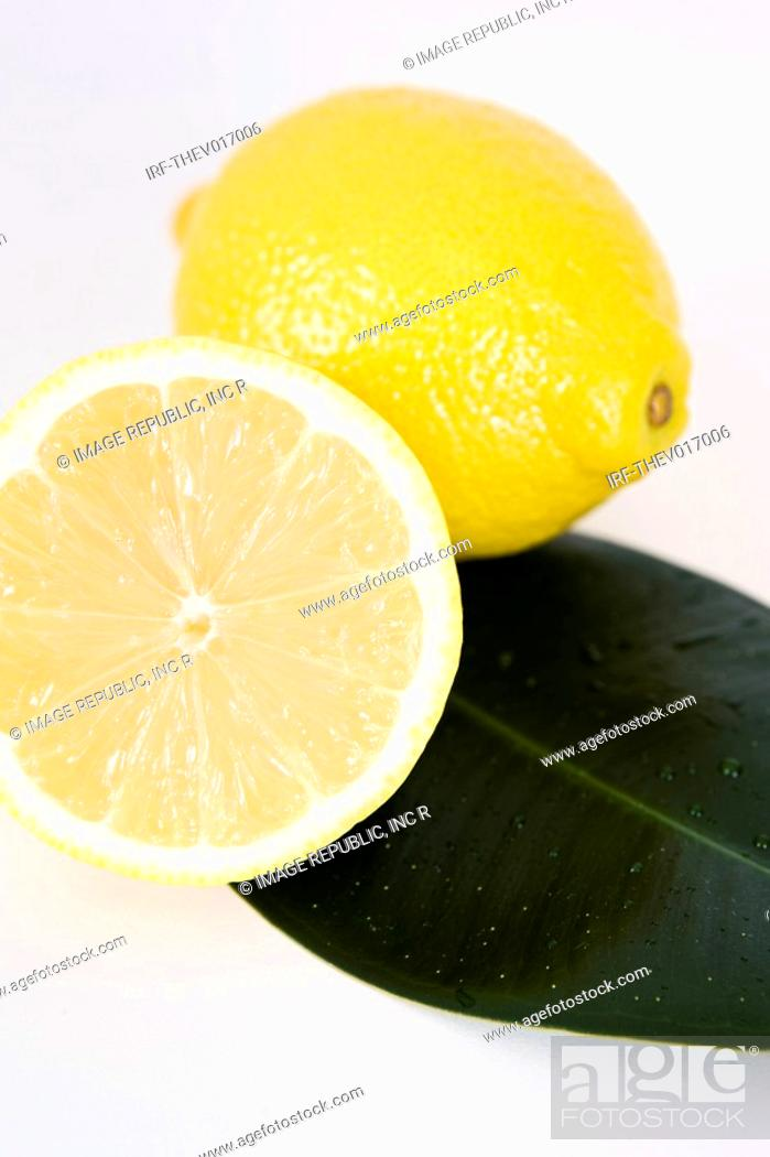 Stock Photo: lemons.