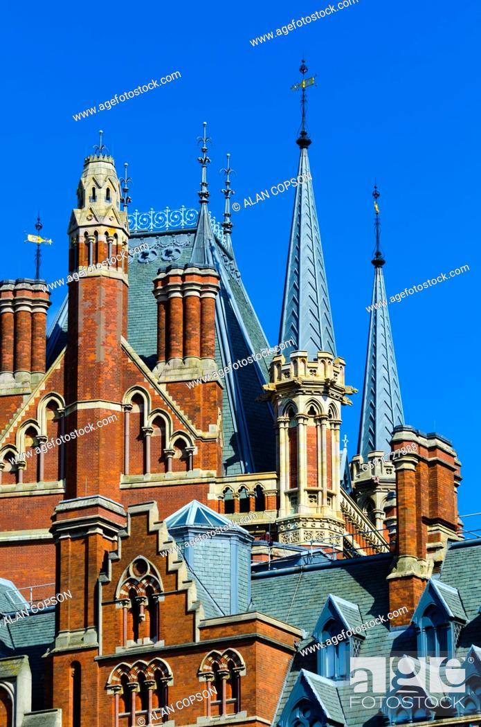 Imagen: UK, England, London, St Pancras Railway Station, St Pancras Renaissance London Hotel, formerly the Midland Grand Hotel.