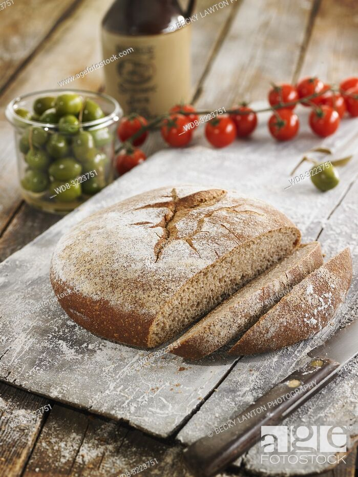 Stock Photo: hogaza de espelta integral / whole spelt bread loaf.