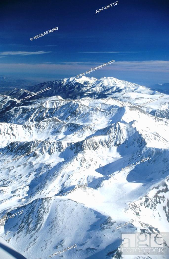 Stock Photo: France - Pyrenees Orientales - Pic du Canigou.