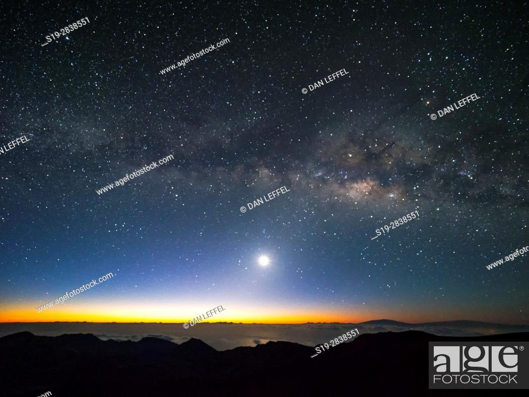 Stock Photo: Maui Mt Haleakala Milky Way.