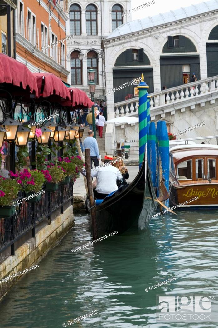 Stock Photo: Restaurant at the waterfront, Grand Canal, Venice, Italy.