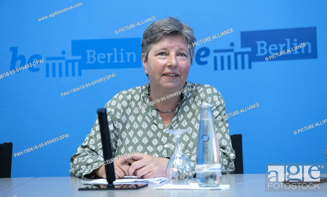 "Imagen: 18 June 2019, Berlin: After the Senate session, Katrin Lompscher (Die Linke), Senator for Urban Development and Housing, spoke to journalists about the """"rent."