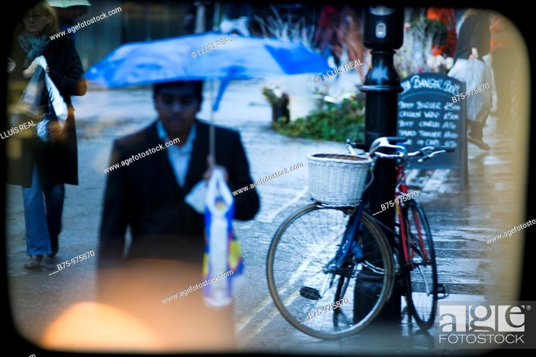 Stock Photo: City life.
