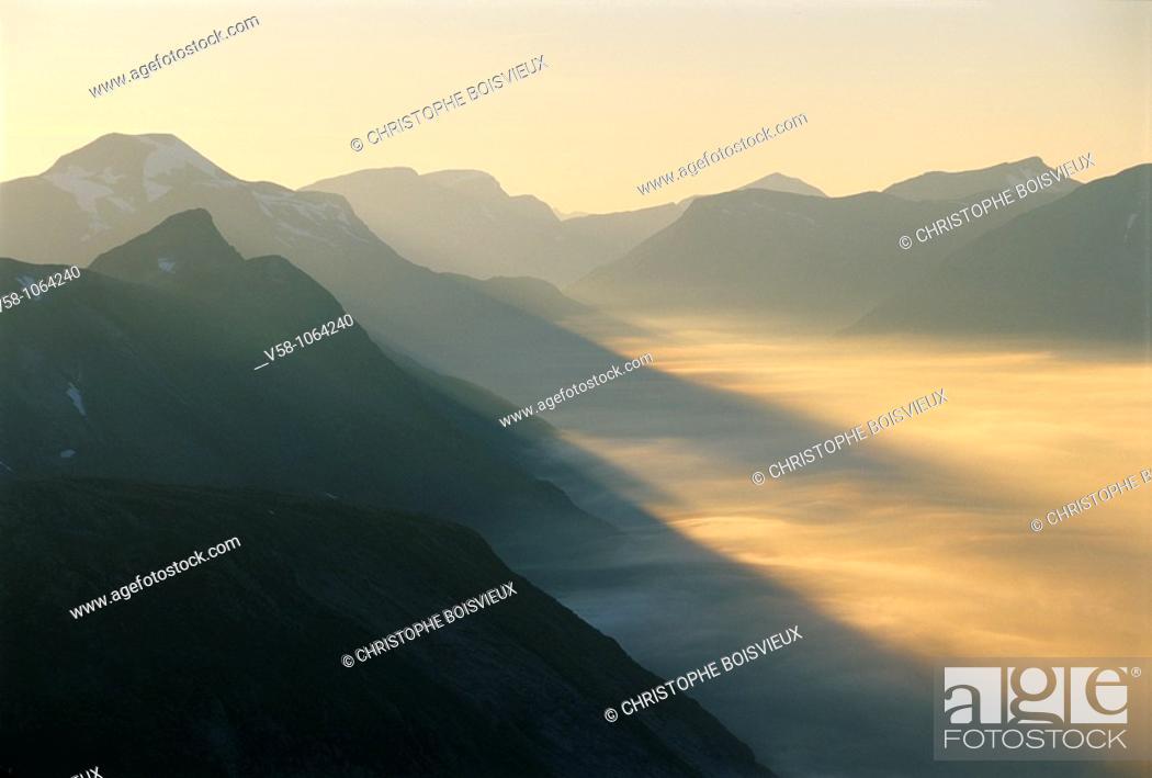 Stock Photo: Top of mount Dalsnibba (1496 m.), Geiranger region, More og Romsdal, Norway.