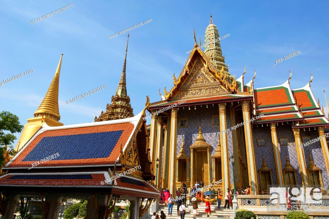 Imagen: Decorations at Wat Phra Kaew, Grand Palace, Bangkok, Thailand.