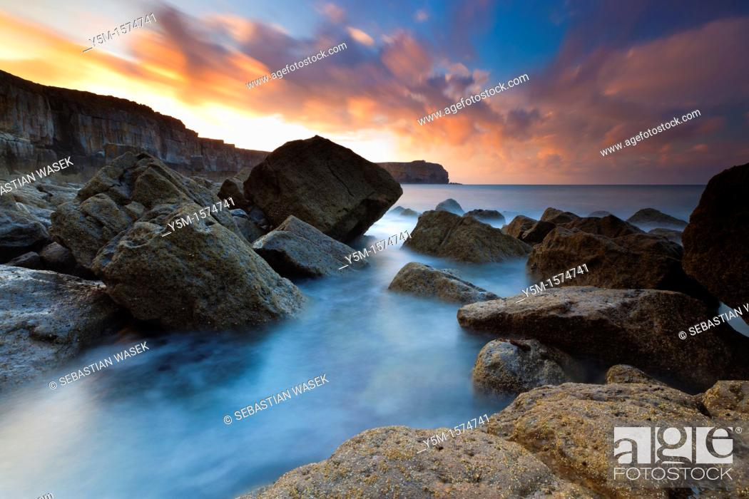 Stock Photo: St Govan's Head, Pembrokeshire Coast National Park, Broad Haven, Wales, UK.