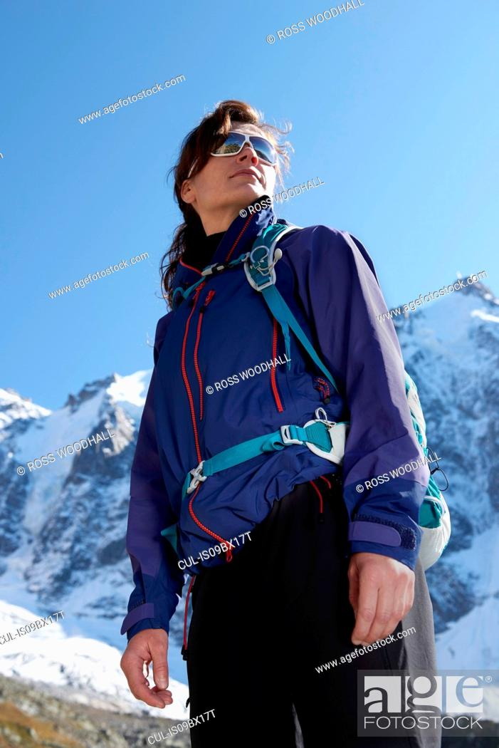 Photo de stock: Portrait of mountain climber, Chamonix, Rhone-Alps, France.