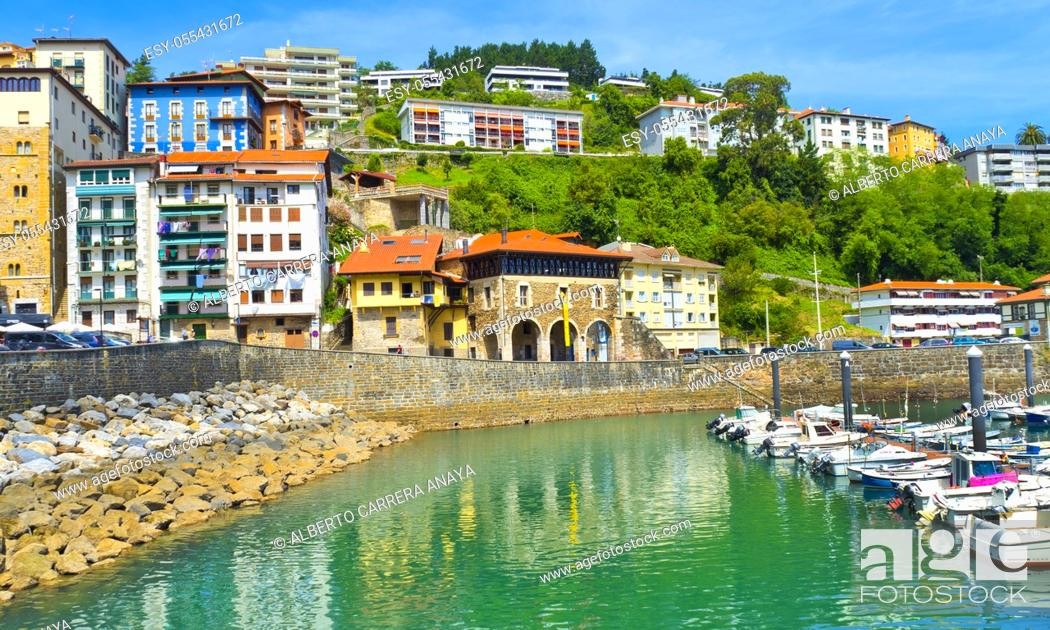 Imagen: Fishing Port, Mutriku Harbour, Old Town, Mutriku, Guipúzcoa, Basque Country, Spain, Europe.