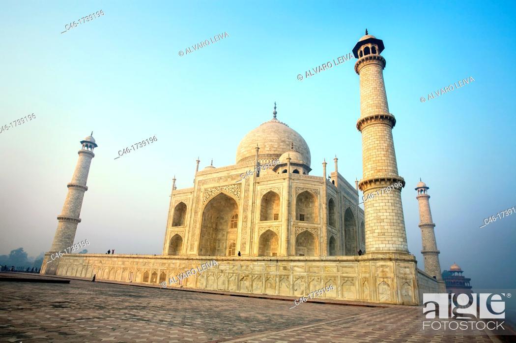 Stock Photo: The Taj Mahal, mausoleum of the Empress Mumtaz Mahal  Agra  India.