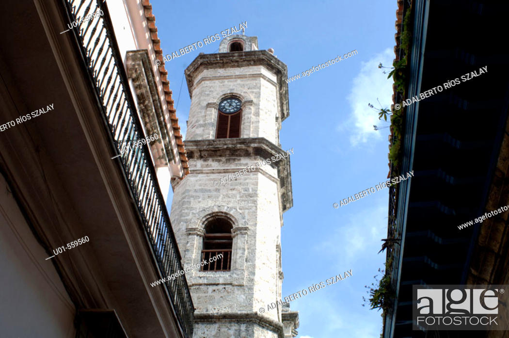 Stock Photo: Catedral de San Cristóbal de La Habana. Havana, Cuba.